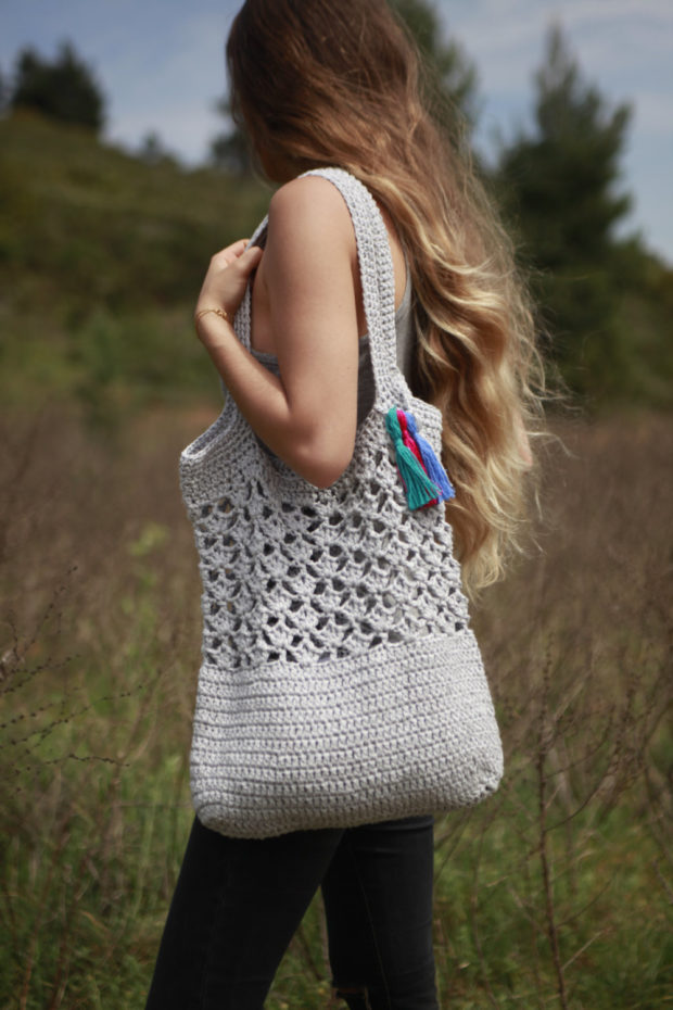 18 Must Have Handmade Beach Bag Designs To Take Your Stuff To The Beach (7)
