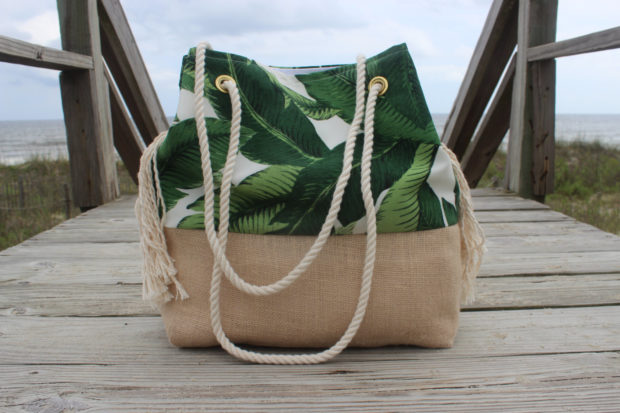 18 Must Have Handmade Beach Bag Designs To Take Your Stuff To The Beach (9)