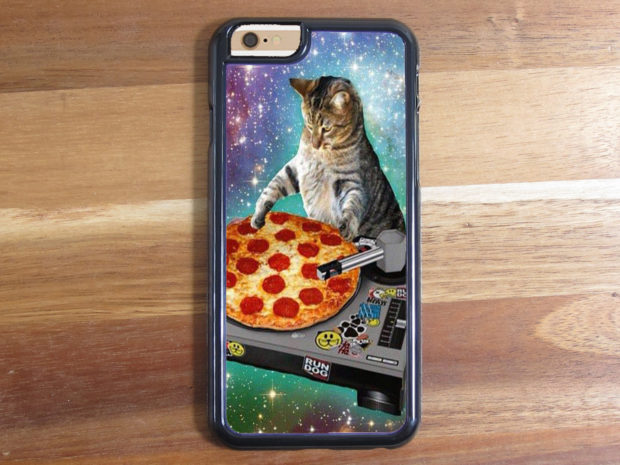 20 Stylish Handmade iPhone Case Designs To Customize Your Smartphone With (20)