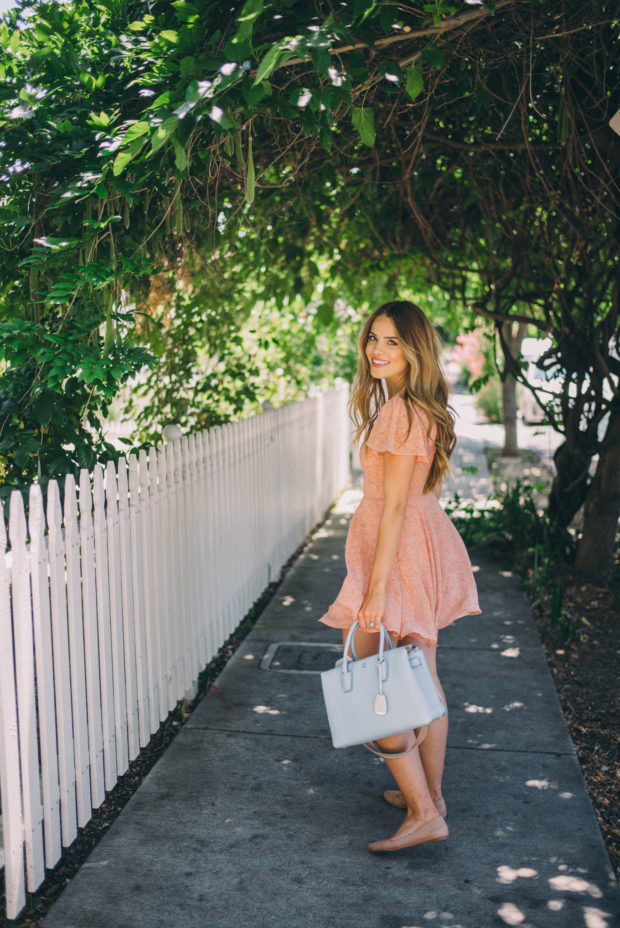22 Cute Summer Outfit Ideas by Fashion Blogger Julia from Gal Meets Glam