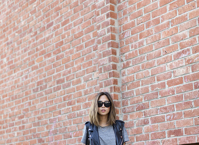 20 Chic Street Style Outfits for the Last Days of Summer - summer to fall outfit ideas, summer street style, summer outfit ideas, Last Days of Summer outfit, Last Days of Summer, casual summer outfit