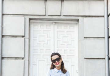 How To Wear Denim To The Office: 17 Great Outfit Ideas - Work outfit, office outfit, jeans to work, jeans to office, jeans outfit ideas, jeans, denim