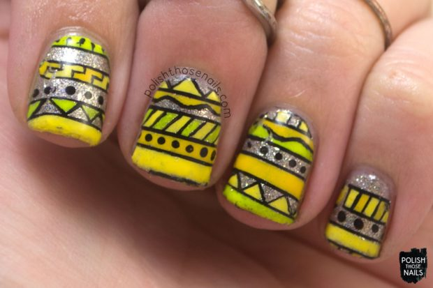 Mix of Yellow and Silver for Chic Summer Nail Art