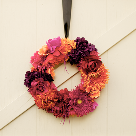17 DIY Fall Wreaths to Dress Up Your Front Door