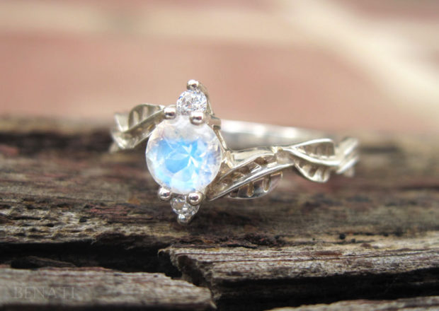 15 Enchanting Handmade Moonstone Jewelry Designs You're Going To Adore (12)