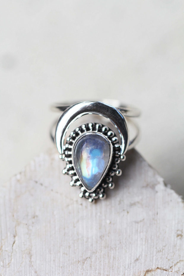 15 Enchanting Handmade Moonstone Jewelry Designs Youre Going To Adore