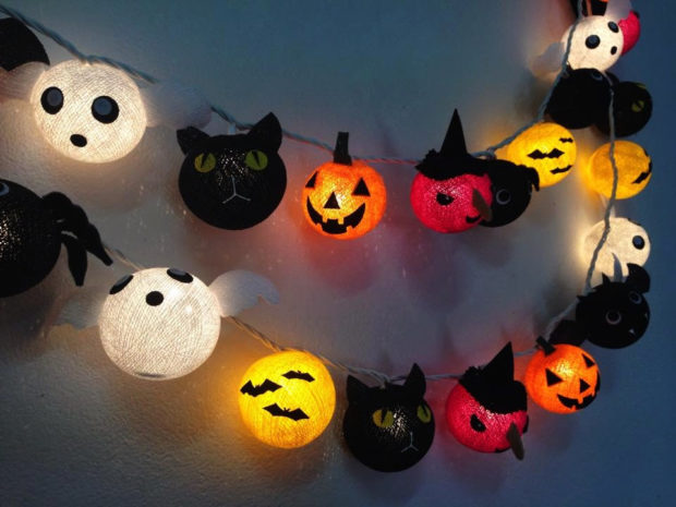 15-frightening-halloween-lights-designs-that-will-create-an-eerie-ambience-1