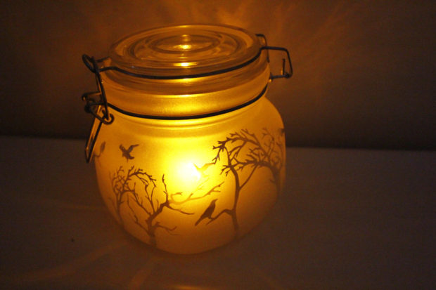 15-frightening-halloween-lights-designs-that-will-create-an-eerie-ambience-7