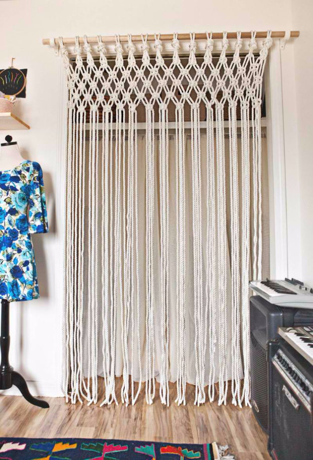 16 Cool, Easy and Cheap DIY Ideas To Dress Up Your Windows (11)