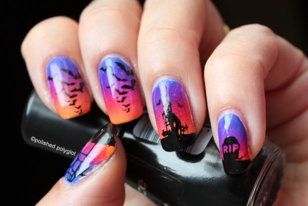 17 Spooktacular Halloween Nail Art Ideas
