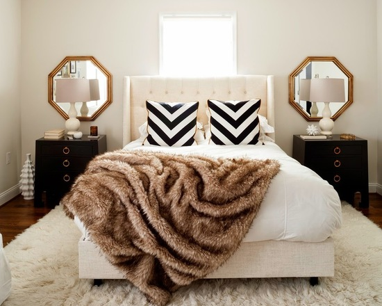 How to Decorate with Fur Rug: 17 Cozy Interior Decor Ideas