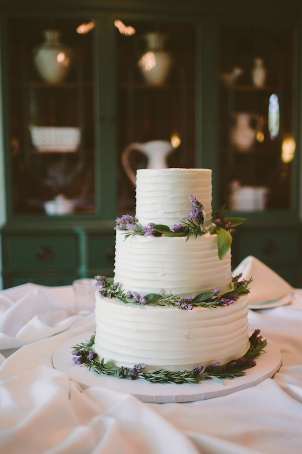 17 Incredible Wedding Cake Ideas for Fall