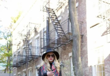 17 Ways of Styling a Scarf On Chilly Fall Days (Part 1) - Styling a Scarf On Chilly Fall Days, Styling a Scarf, oversized scarf, outfit with scarf, fall outfit ideas