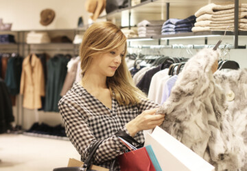 Things You Should Notice While Shopping For Clothing -
