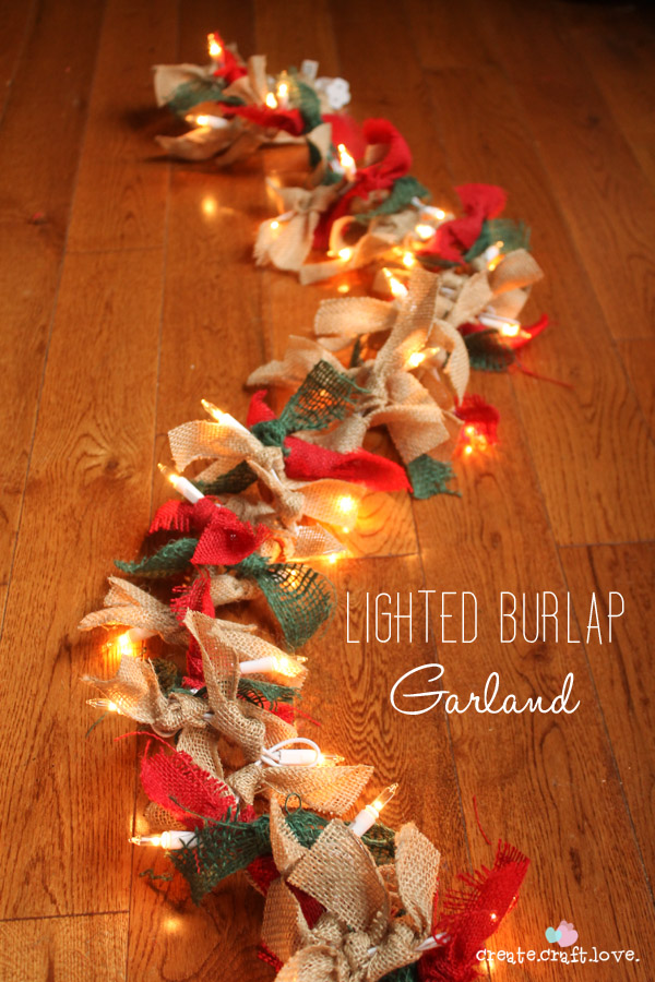 19 Festive DIY Christmas Garland Ideas