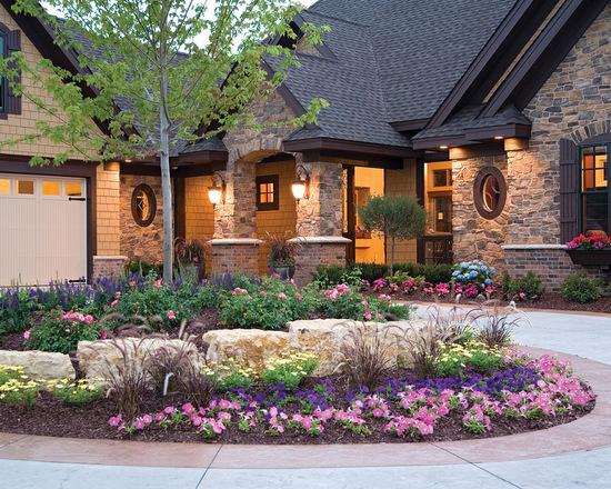 16 Landscaping Front Yard Design Ideas