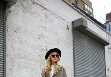 Statement Hats: 17 Winter Outfit Ideas That Are Anything But Boring (Part 2) - winter outfit ideas, winter hat outfit ideas, hat outfit ideas