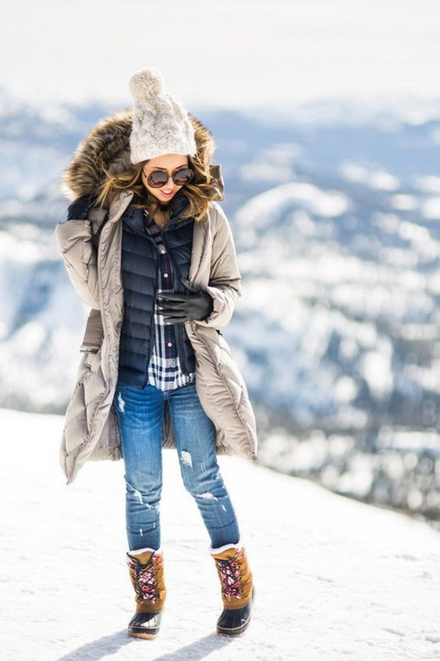 Winter Fashion: 18 Cute and Warm Outfits to Wear During a Snow Day - winter street style, winter outfit ideas, snow day outfit ideas, snow day