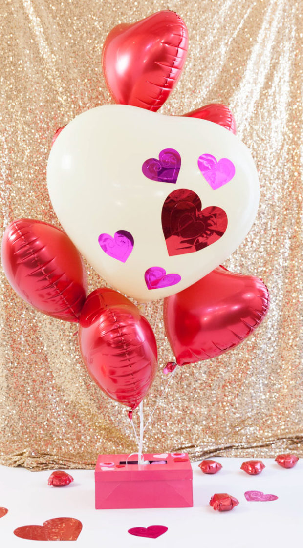 16 Amazing DIY Decorating Ideas for The Best Valentine's Day Party - diy Valentine's day party, diy Valentine's day decorations, diy Valentine's day, diy party decorations, diy party