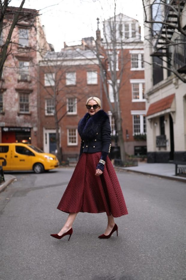 18 Chic and Romantic Valentine's Day Outfit Ideas