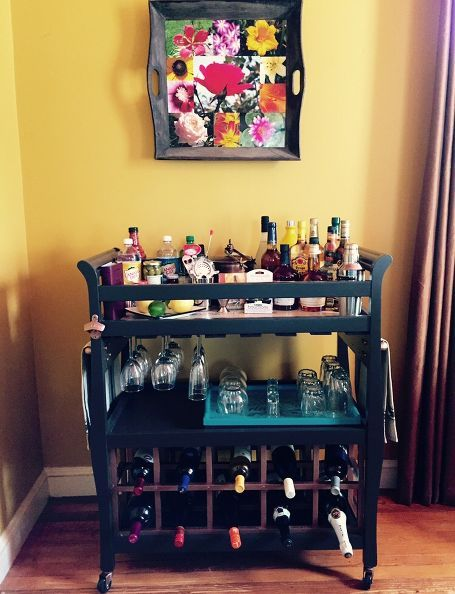 30+ Creative DIY Wine Bars for Your Home and Garden --> DIY Outdoor Bar with Cinder Blocks and Wood Panels