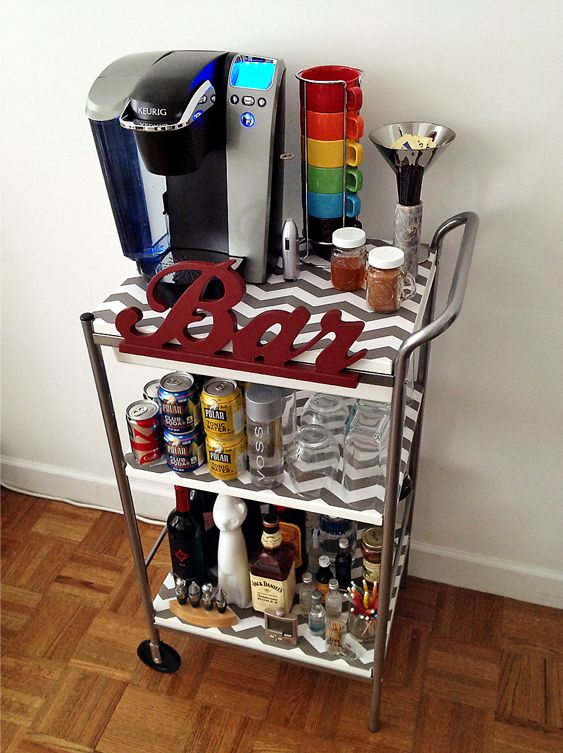 30+ Creative DIY Wine Bars for Your Home and Garden --> Old TV Turned into a Mini Bar