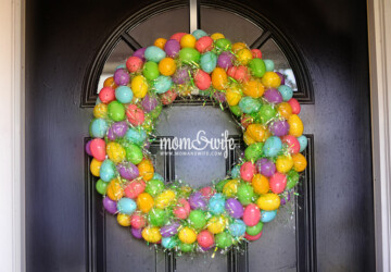 DIY Easter Decorations: 17 Ideas  How to Make a Cute Easter Door Wreath - Easter decor, Easter crafts, diy wreath, diy Easter wreath, diy Easter decorations, diy Easter