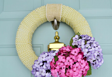 Welcome Spring: 17 Amazing DIY Wreath Ideas - Welcome Spring, spring decor, DIY Wreaths Ideas, diy wreath, diy spring wreath, diy spring home decor, diy spring