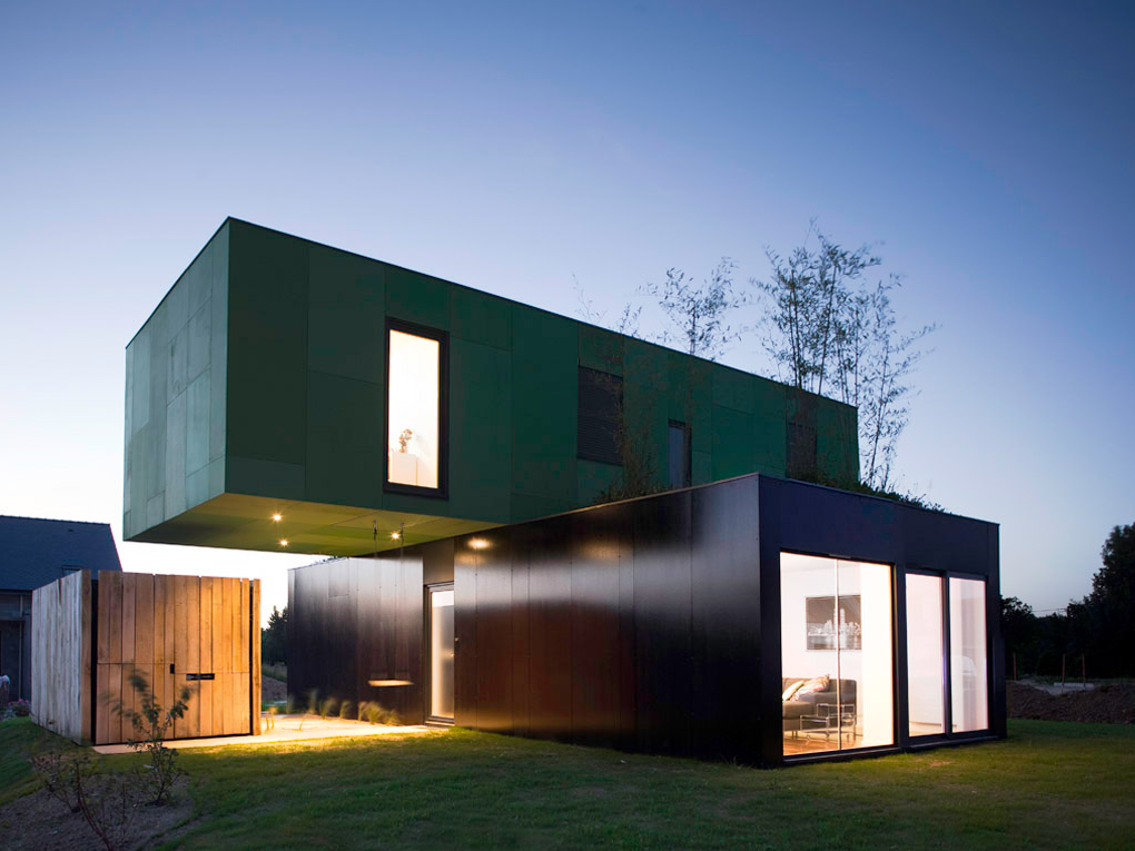 Stunning Shipping Container House Design Ideas