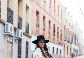 20 Stylish Spring Outfit Ideas to Copy Right Now - Winter-to-Spring Outfit Ideas, spring street style, Spring Outfit Ideas to Copy Right Now, spring outfit ideas