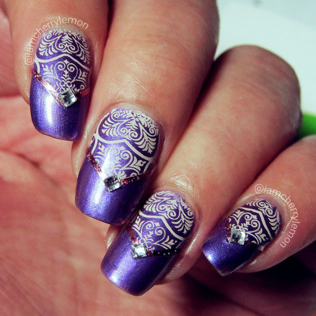 16 Gorgeous Nail Designs You Can Do With Scotch Tape