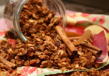 17 Healthy Homemade Granola Recipes - recipes, Homemade Granola Recipes, Homemade, healthy breakfast, Granola Recipes, Granola