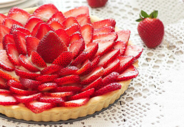 18 Delicious Strawberry Recipes Perfect for Spring  Season - Strawberry Recipes, strawberry, spring recipes, spring dessert recipes, fruit tart recepis, Fruit