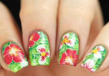 Print On Your Nails:15 Creative Nail Art Ideas - rainforest nail art, print nail art ideas, green nail art, colorful nail art, animal print nail art