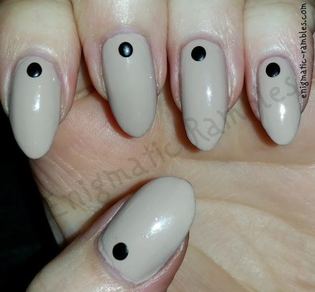 16 Great Work Appropriate Nail Art Ideas