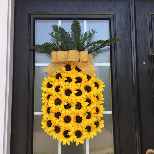 summer wreaths for front door15 Refreshing Handmade Summer Wreath Designs For Your Front Door