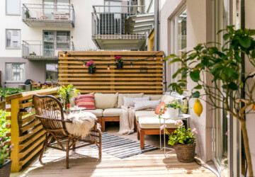 16 Astounding Scandi Patio And Terrace Designs That You Must See - White, Terrace, Swedish, Sweden, simplistic, simple, scandinavian, Scandi, patio, Norway, modern, minimalist, garden, denmark, Danish, backyard