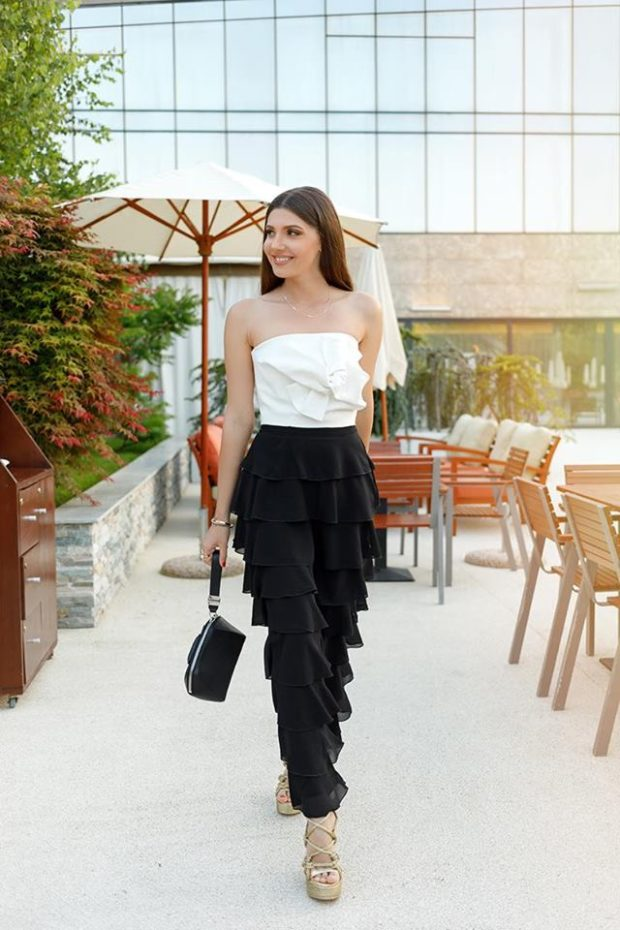 How to Wear Black in The Summer  15 Great Outfit Ideas