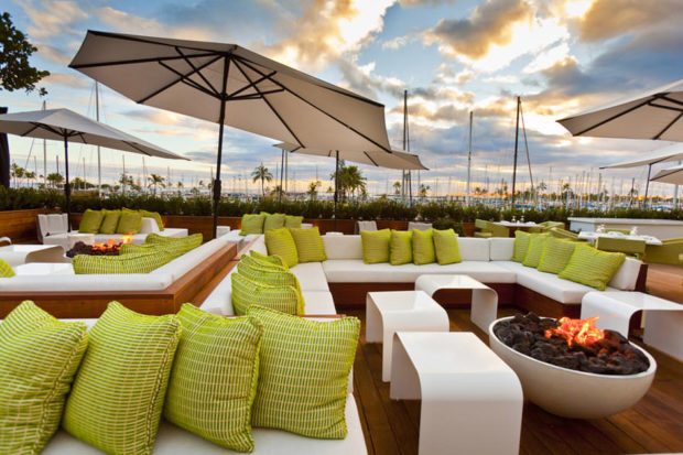 Top 10 Outdoor Restaurant Ideas