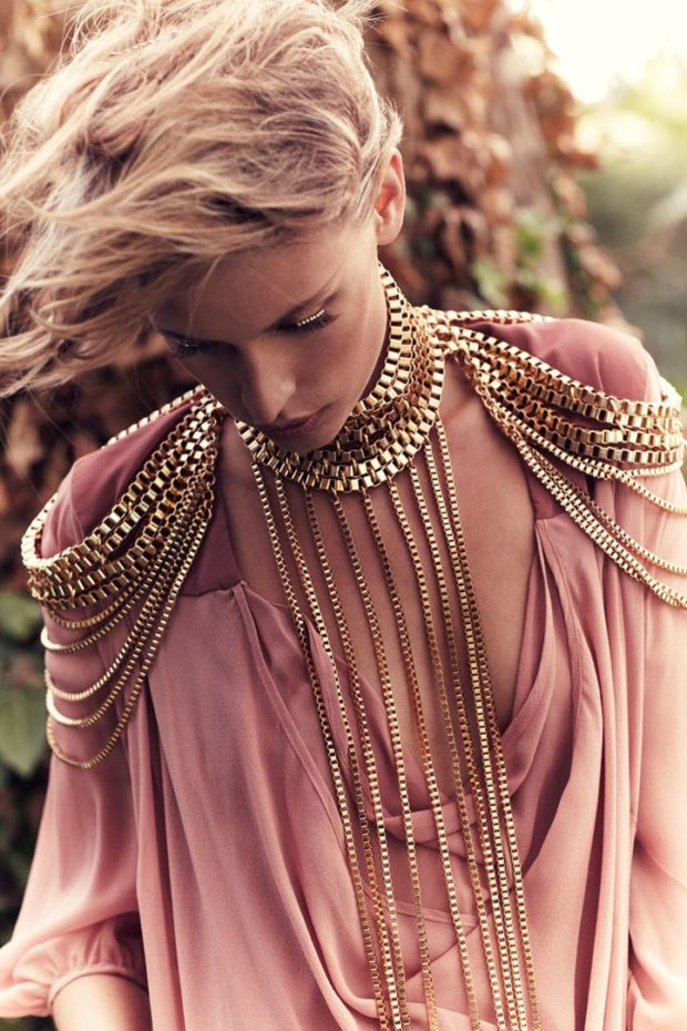 15 Trendy Body Chains For An Impressive Look - woman, trendy, Stylish, style, outfit, jewelry, gold, chains, chain, body chain, Accessories