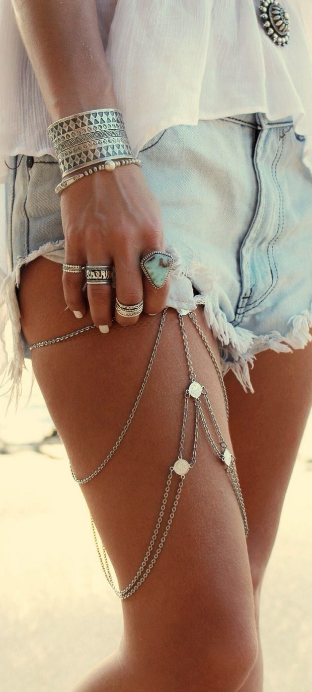 15 Trendy Body Chains For An Impressive Look