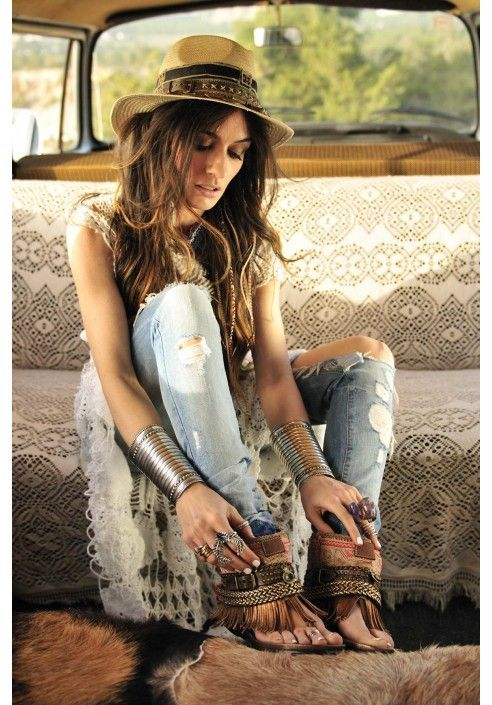 15 Boho Chic Ideas For Original Artistic Look - woman, trendy, Trend, fashion, chic, boho, bohemian