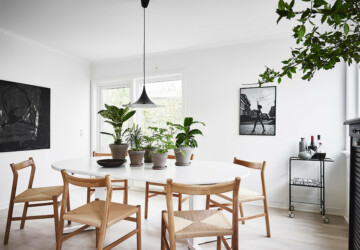 17 Stunning Scandinavian Dining Room Designs That Will Inspire You - White, table, simple, scandinavian, Scandi, room, nordic, modern, minimalist, interior, Dining Table, dining room, dining, decor, contemporary, chair