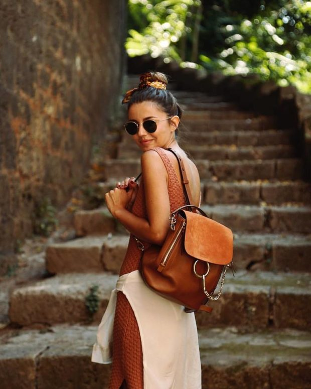 Go Explore  15 Great Traveling Outfit Ideas