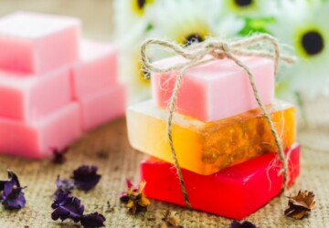 17 Amazing DIY Soap Recipes Anyone Can Make At Home - DIY Soap Recipes, DIY Soap, diy cosmetics, diy beauty products