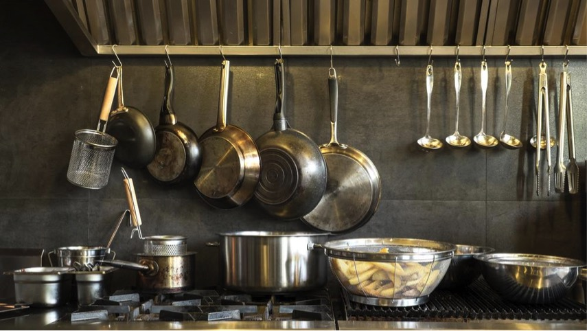 Pot Shots – The Essential Guide to Selecting the Right Pots & Pans