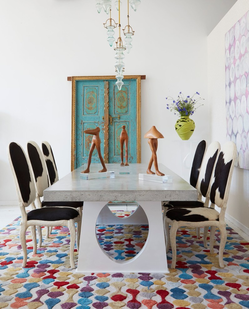 17 outstanding eclectic dining room designs you 39 ll love for Eclectic dining room designs