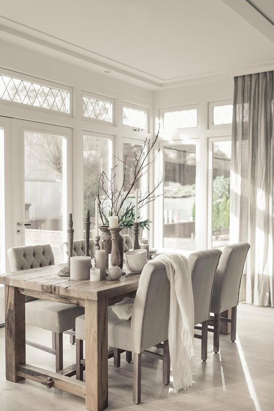 How to Create a Stylish Dining Room that's Perfect for Entertaining