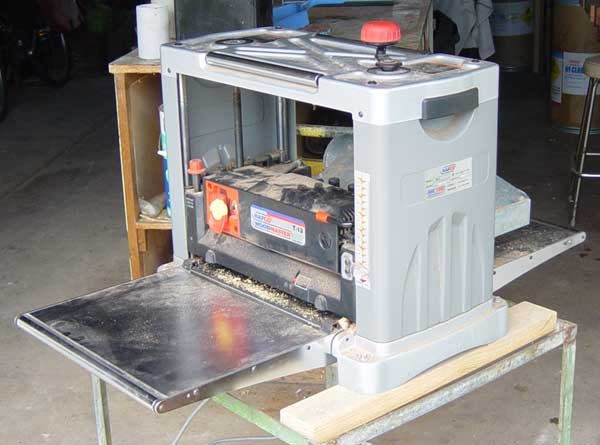 Features to Look for When Choosing a Portable Table Saw - woodworking, table saw, saw, blade