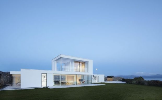 Cefn Castell House - A Modern Cliffside Residence by Stephenson Studio in Wales - Wales, view, UK, residence, modern, minimalist, luxury, interior, house, home, exterior, contemporary, Cefn Castell
